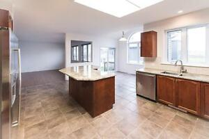 LUXURIOUS HOUSE IN AYLMER CLOSE TO GATINEAU GOLF CLUB
