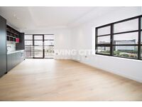 A LUXURY BRAND NEW 2 BEDROOM 2 BATHROOM IN CITY ISLAND CANNING TOWN STATION E14 WITH GYM CONCIERGE