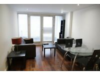 2 double bed 2 bath furnished flat, heart of Shoreditch, Tesco below, short walk to City & tube