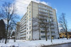 Spacious 2 bdrm avail FEB 1ST in Old South!!!