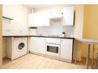 2 bedroom flat in Cazenove Road, Stoke Newington, N16