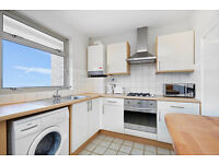 3 BEDROOM FLAT (2 DOUBLE & 1 SINGLE)/SPACIOUS RECEPTION/SEPARATE KITCHEN/FAMILY BATHROOM/