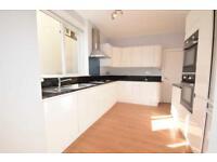 4 bedroom house in Dunstan Road, Golders Green