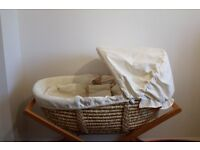 Moses Basket with Stand Mamas and Papas