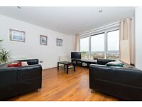 @ STUNNING 7TH FLOOR RIVER FACING TWO BEDROOM TWO BATHROOM APARTMENT - GYM/CONCIERGE!!