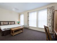 Edit Close to Princes Ave. Last Room available