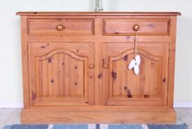 DELIVERY OPTIONS - 4 FT SOLID PINE SIDEBOARD QUALITY MADE DOVETAIL TONGUE GROOVE