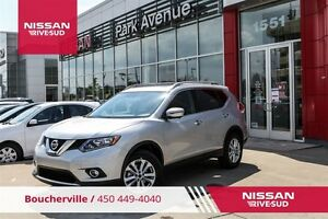 2016 Nissan Rogue SV AWD ENS TECH, TOIT PANO, NAV *DEMO*