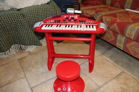 ELC Keyboard and seat