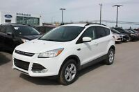 2015 Ford Escape SE 4WD NEW 0% UP TO 60MOS!  REVERSE CAMERA TONN