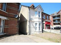 **STUDENTS WELCOMED*** *A Spacious Five Bedroom House