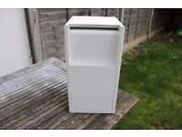 BOSE ACOUSTIMASS 3 SERIES III SPEAKER SYSTEM SUBWOOFER WHITE ( MINUS 2 X Cube Speakers )