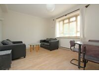 Lovely three double bedroom flat located only a few minutes walk from Balham Station!!!