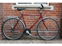 SUBERB, RELIABLE, NEW CONDITION, LIGHTWEIGHT Modern Classic Raleigh Hybrid Road Town bike(like Dawes
