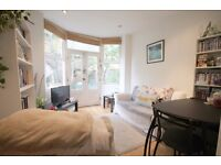 Recently refurbished 2 double bedroom conversion, own garden, separate reception, modern kitchen
