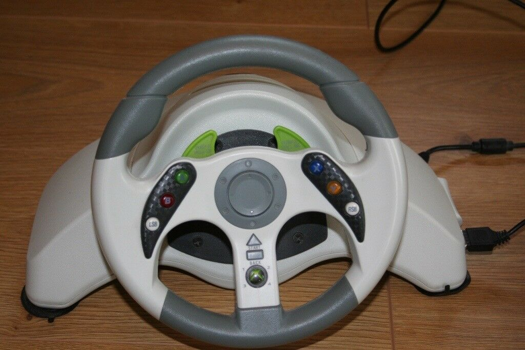 Xbox 360 steering wheel and foot controls