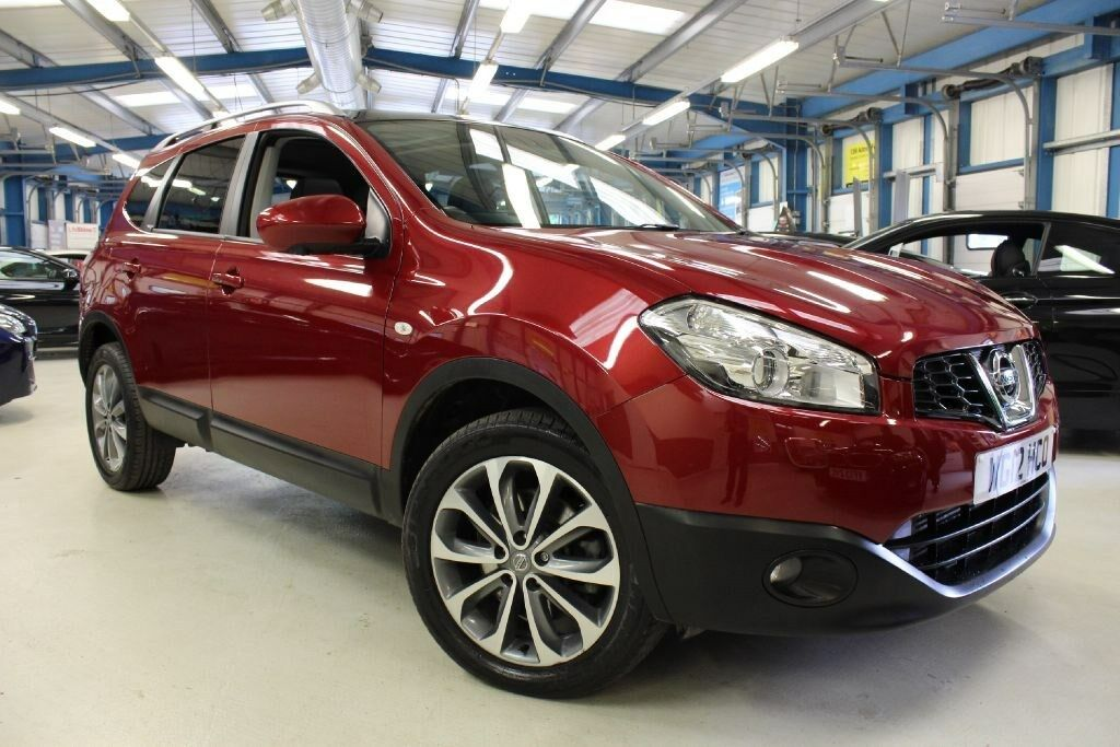 nissan qashqai tekna is plus 2 dci 1 owner sat nav. Black Bedroom Furniture Sets. Home Design Ideas