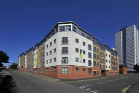two bed flat city centre irving street