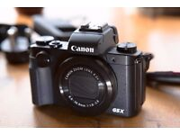 Canon PowerShot G5 X - as-new condition, with battery, charger and case