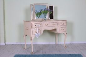 BEAUTIFUL LOUIS FRENCH STYLE DRESSING TABLE WITH MIRROR - CAN COURIER