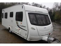 Lunar Clubman SI 2012 4 Berth Fixed Transverse Island Bed Caravan + Motor Movers