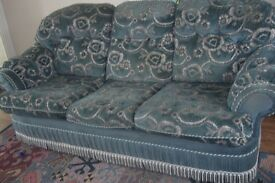 3 piece suite / sofa / settee for sale 2 chairs