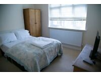 Double Room Near Underground SW19 Wimbledon, Colliers wood, Northern Line