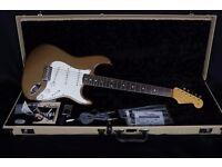 Fender Stratocaster Eric Johnson Artist Model Palomino Metallic (inc Fender Case)