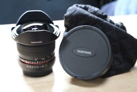 Samyang 12 mm F2.8 Fisheye Manual Focus Lens for Canon Mint Condition