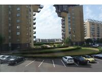 E14 - Millenium Harbour - Three bed, two bathroom apartment - Residents' gym, sauna & jacuzzi.