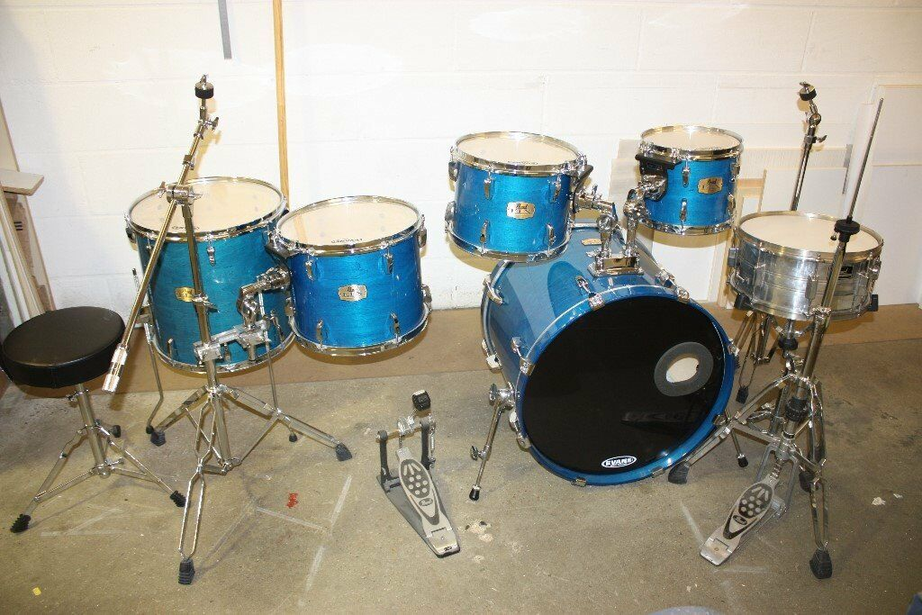pearl elx galaxy blue 6 piece full drum kit 22in bass all stands cymbal set in ealing. Black Bedroom Furniture Sets. Home Design Ideas
