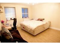 *ZONE 2* AMAZINGLY SPACIOUS DOUBLE / TWIN ROOM ** COUPLES & FRIENDS WELCOME