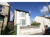Large 4 bed detached house with 100ft garden. 2x receptions,family bathroom& seperate shower room