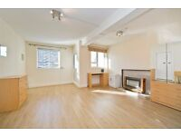 NEWLY REFURBISHED 2/3 BEDROOM APARTMENT CLOSE TO REGENTS PARK