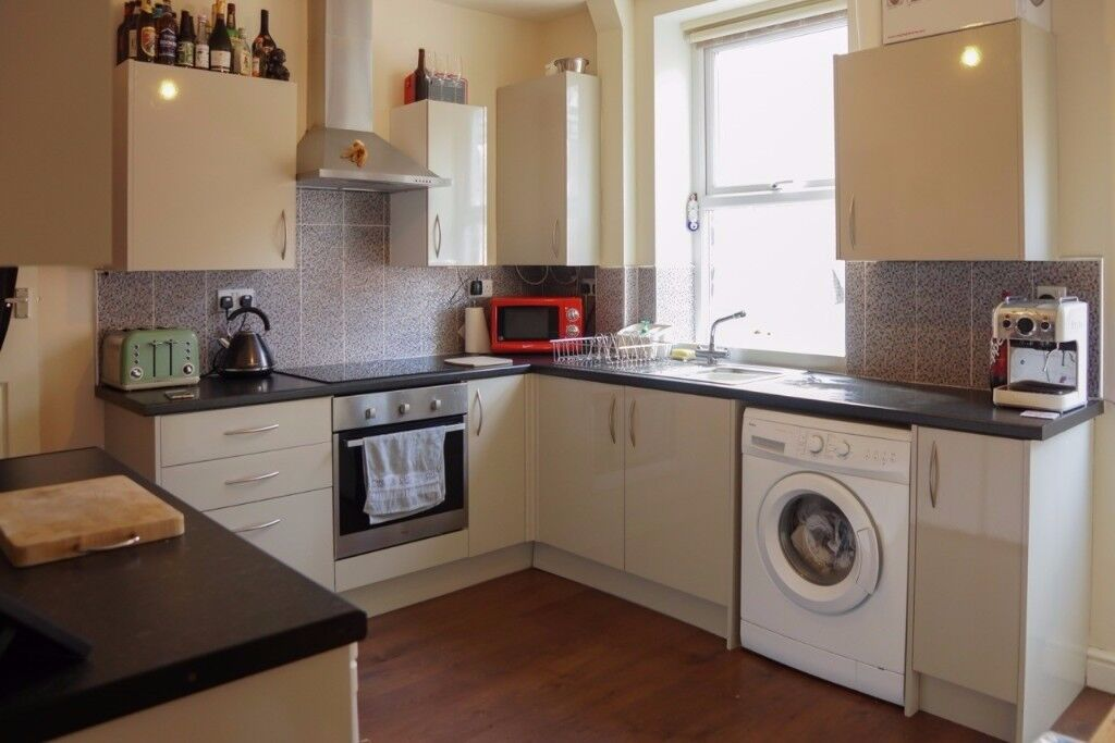 2 Bed House to Rent in the Heart of Broomhill