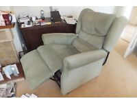 Excellent condition Mid Green Electric Recliner