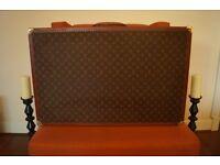 Authentic Louis Vuitton Bisten 80' hard side trunk suitcase