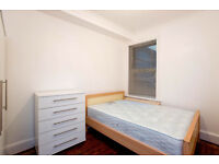 NO DEPOSIT REQUIRED**EXCELLENT ROOM FOR RENT 20 MIN TO CANARY WHARF