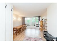 A fantastic 2 x bedroom property in West Hampstead - Available Now - Call shelley 07473792649