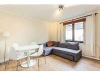 1 DOUBLE BEDROOM FLAT/BRIGHT RECEPTION/KITCHEN/EN SUITE SHOWER ROOM/LOVELY PAVED GARDEN/
