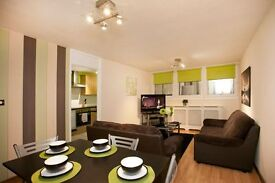 Weekend - City Centre 2 Bed Apartment Sleeps 4 - Available in Nottingham City Centre with Parking