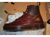 Kamar shoe Brand new. Dr. AirWair Martens