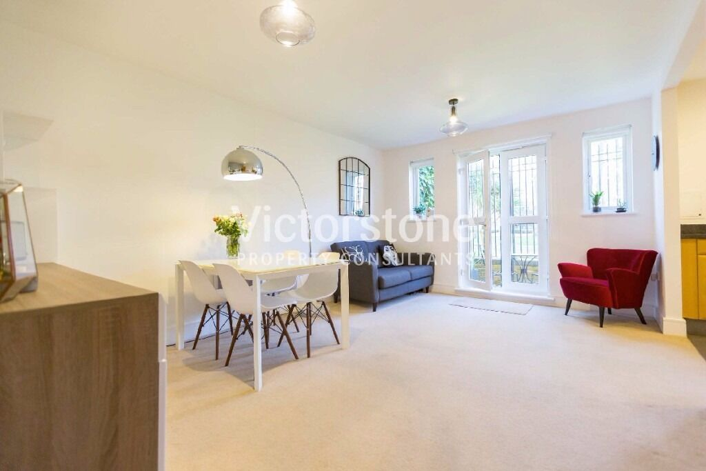 2 DOUBLE BEDROOM FLAT BETHNAL GREEN £475 PER WEEK AVAILABLE NOW