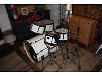 Drum kit (Shells, Hardware) & Cases for sale