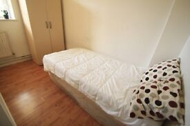 LOVELY SINGLE ROOM IN CAMDEN. IDEAL FOR ONE PERSON.//8R