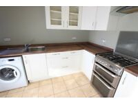 TO RENT 2 bed apartment with PRIVATE GARDEN. AVAILABLE TODAY. CALL NOW!! N21 Flat Winchmore Hill