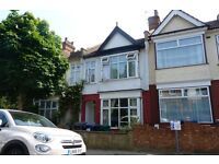 Beautiful 3 double bed house in fantastic condition to rent in the Hendon area