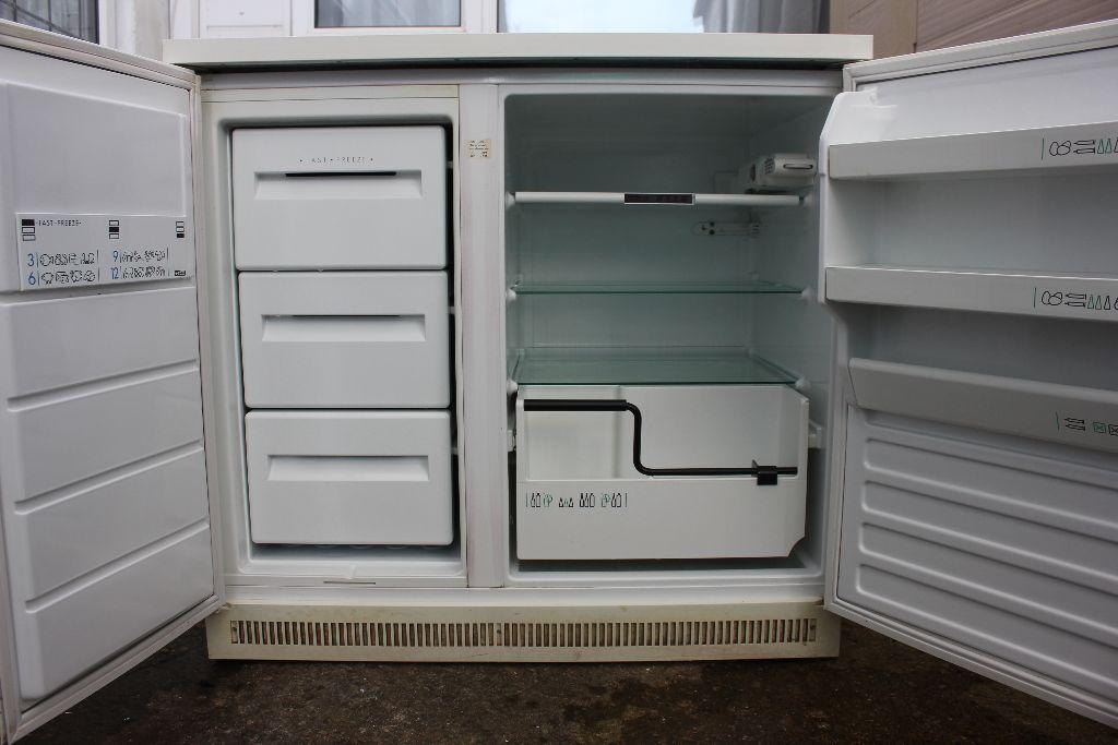 undercounter side by side fridge freezer in torquay devon gumtree. Black Bedroom Furniture Sets. Home Design Ideas