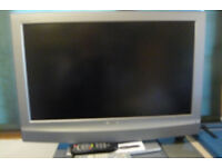 "Used Bravia Sony 32"" LCD Digital TV KDL 32u 2000"