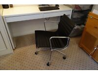 Vitra EAMES style desk chair - comfortable and stylish